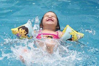 her okula havuz21 - Her Okula ve Parka Bir Havuz